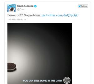 Instant Tweet d'Oreo lors de la coupure de courant du SuperBowl 2013.